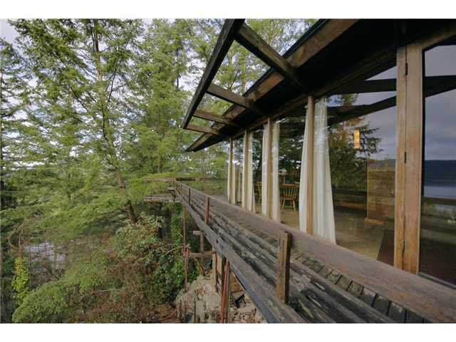 Main Photo: 6011 EAGLERIDGE Drive in West Vancouver: Eagleridge House for sale : MLS®# V860664