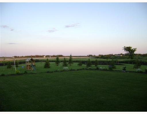 Photo 4: Photos:  in GRANDEPT: South St Vital Residential for sale (South East Winnipeg)  : MLS®# 2903197