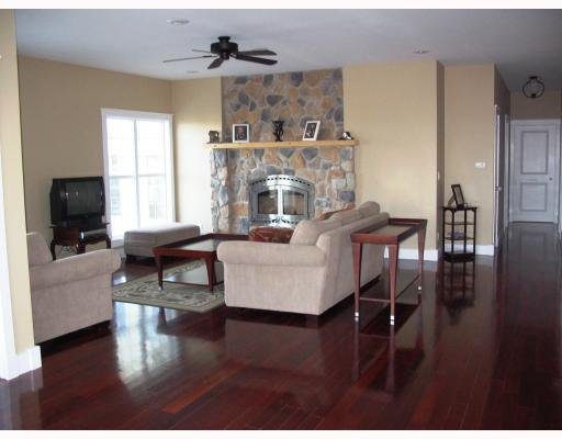 Photo 8: Photos:  in GRANDEPT: South St Vital Residential for sale (South East Winnipeg)  : MLS®# 2903197