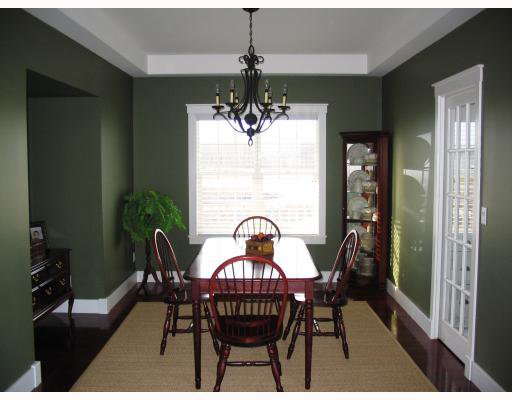Photo 7: Photos:  in GRANDEPT: South St Vital Residential for sale (South East Winnipeg)  : MLS®# 2903197