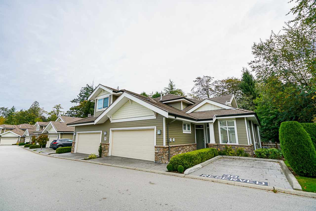"""Main Photo: 38 14655 32 Avenue in Surrey: Elgin Chantrell Townhouse for sale in """"Elgin Pointe"""" (South Surrey White Rock)  : MLS®# R2432888"""