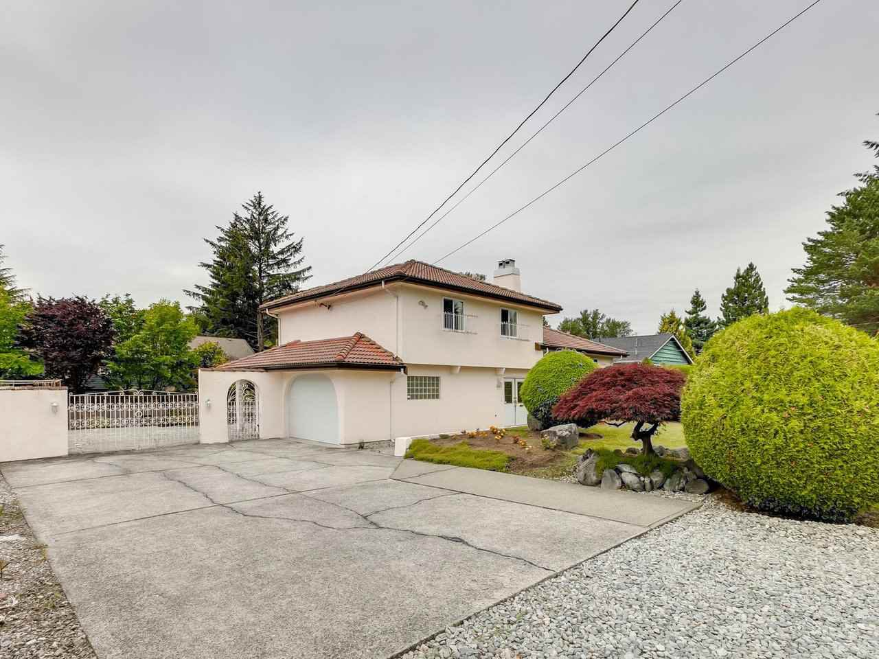 Main Photo: 3565 CHRISDALE Avenue in Burnaby: Government Road House for sale (Burnaby North)  : MLS®# R2467805