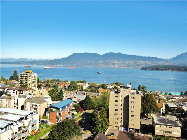 Main Photo: 1401 2370 W 2ND Avenue in Vancouver: Kitsilano Condo for sale (Vancouver West)  : MLS®# V849240