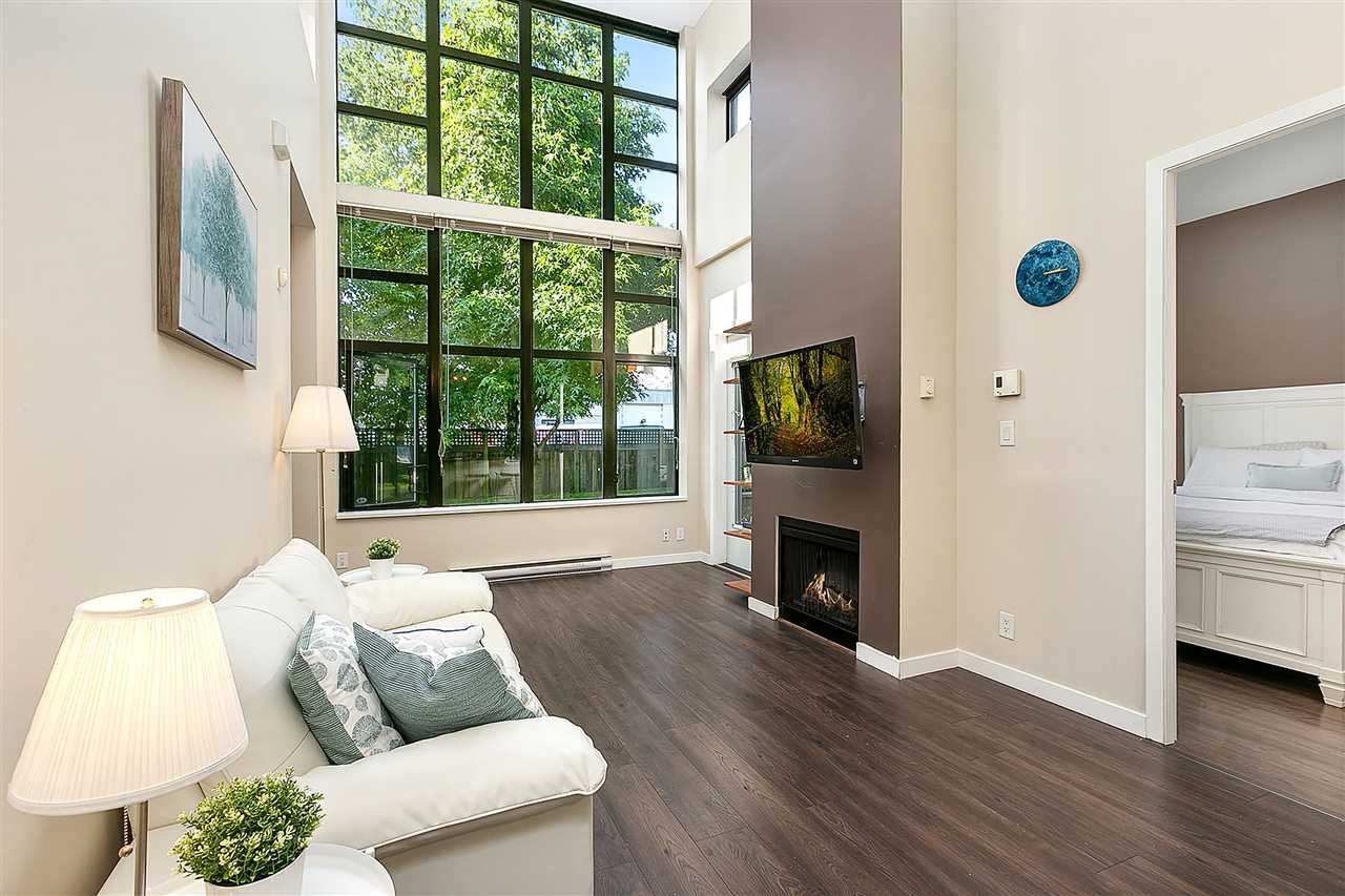 "Main Photo: TH4 2355 MADISON Avenue in Burnaby: Brentwood Park Townhouse for sale in ""OMA 1"" (Burnaby North)  : MLS®# R2391601"