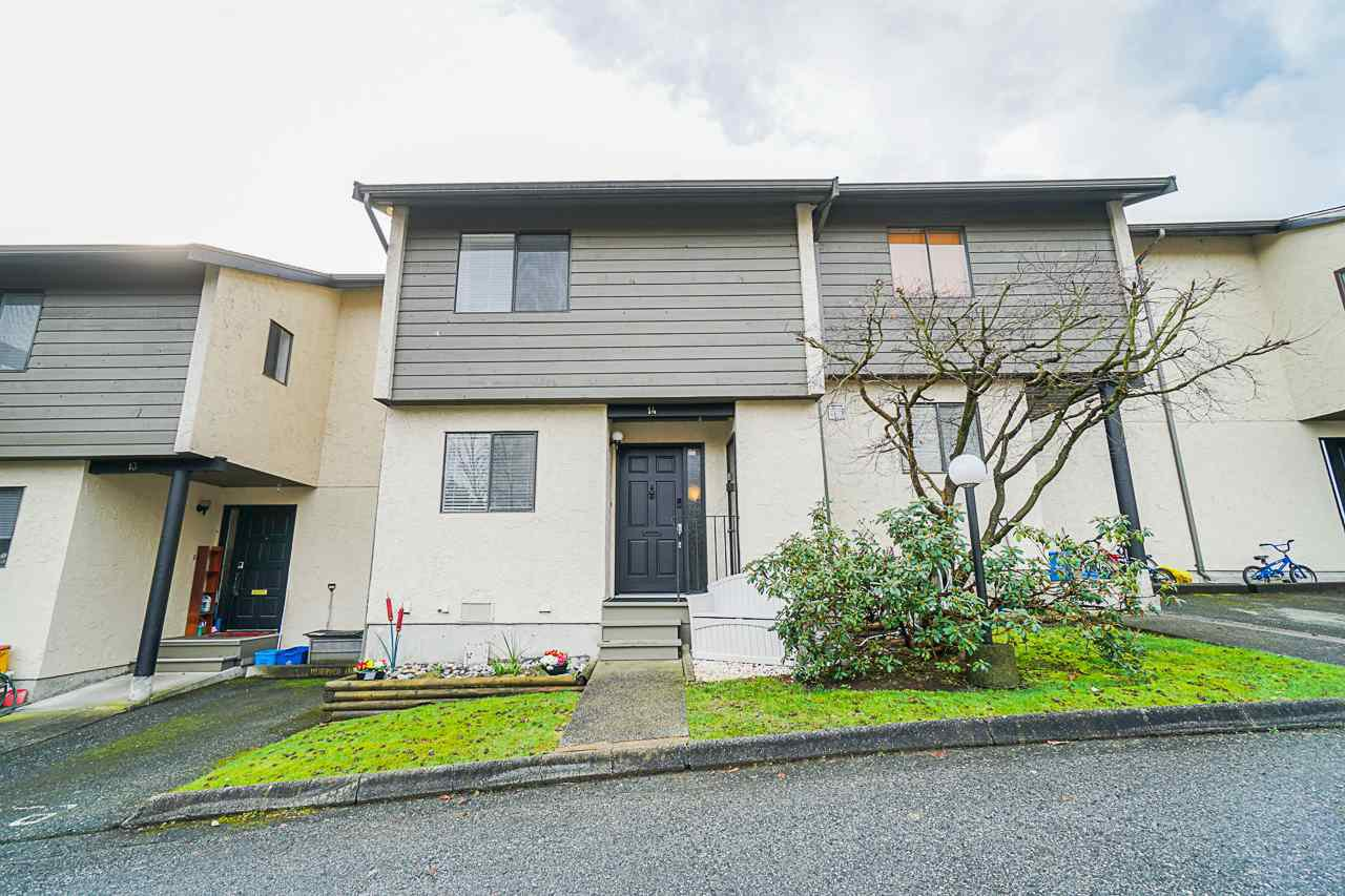 "Main Photo: 14 2880 DACRE Avenue in Coquitlam: Ranch Park Townhouse for sale in ""PARKWOOD"" : MLS®# R2441630"