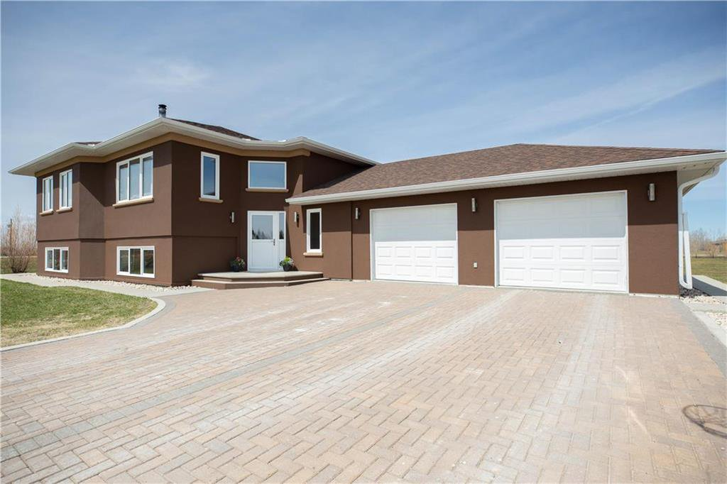 Main Photo: 25 ALEXANDRE Way in Lorette: R05 Residential for sale : MLS®# 202009288