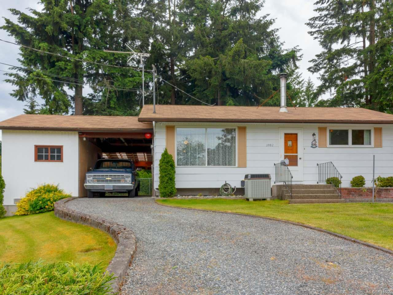 Main Photo: 3902 Saltair Rd in LADYSMITH: Du Saltair Single Family Detached for sale (Duncan)  : MLS®# 841666