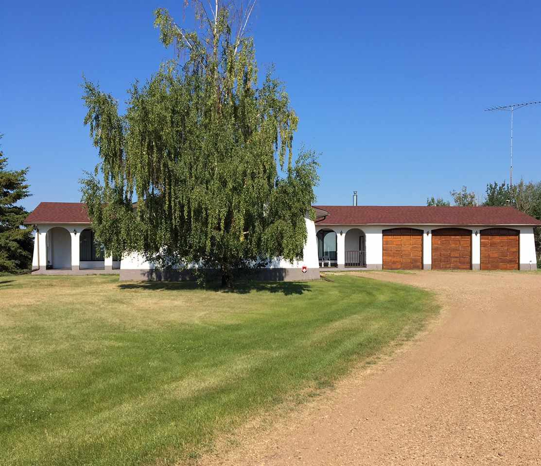 Main Photo: 530018 RR162: Rural Lamont County House for sale : MLS®# E4208429