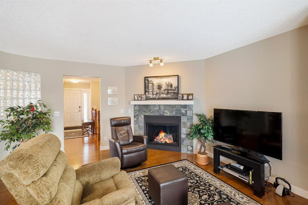 Photo 11: Photos: 15 Arbour Ridge Way NW in Calgary: Arbour Lake Detached for sale : MLS®# A1049073