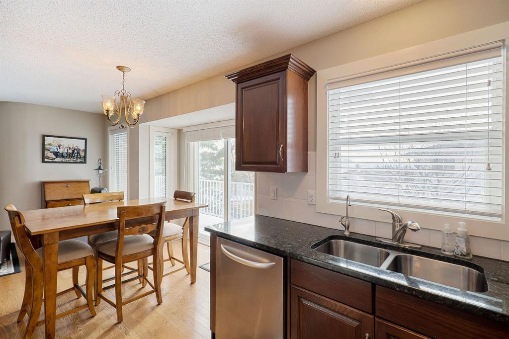 Photo 14: Photos: 15 Arbour Ridge Way NW in Calgary: Arbour Lake Detached for sale : MLS®# A1049073