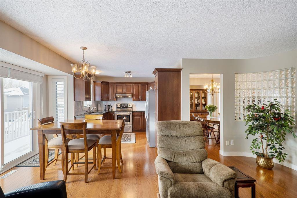 Photo 12: Photos: 15 Arbour Ridge Way NW in Calgary: Arbour Lake Detached for sale : MLS®# A1049073