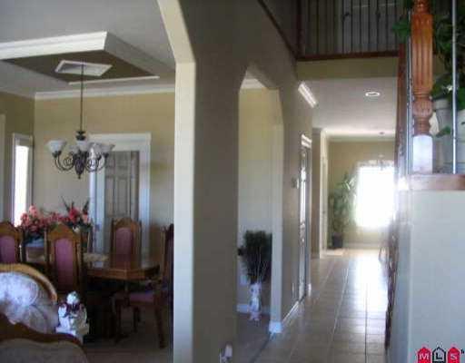"Photo 3: Photos: 16522 64TH AV in Surrey: Cloverdale BC House for sale in ""CLOVER RIDGE"" (Cloverdale)  : MLS®# F2518377"