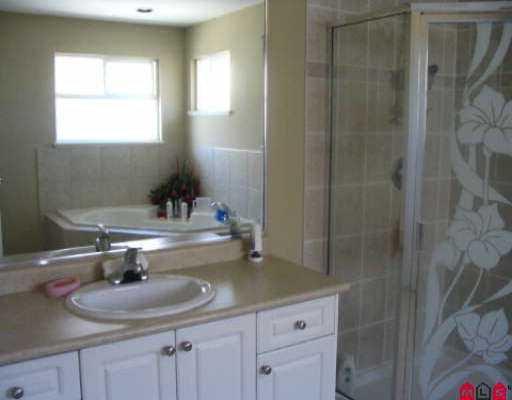 "Photo 6: Photos: 16522 64TH AV in Surrey: Cloverdale BC House for sale in ""CLOVER RIDGE"" (Cloverdale)  : MLS®# F2518377"