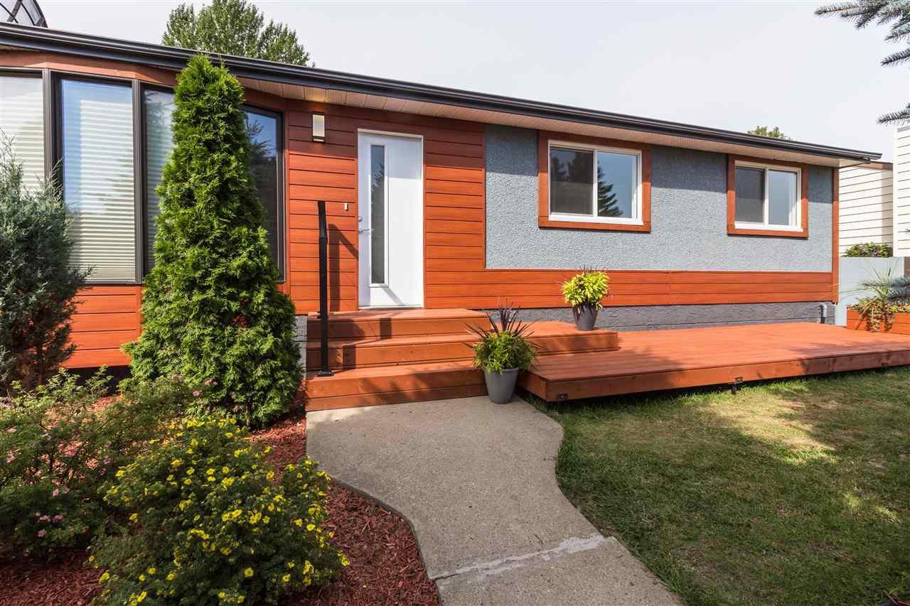 Main Photo: 10320 48 Street in Edmonton: Zone 19 House for sale : MLS®# E4171436