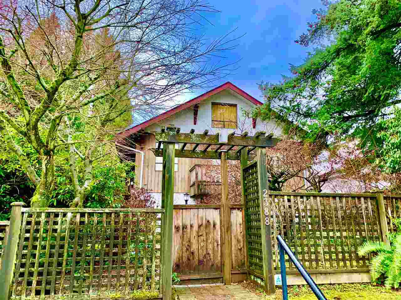 Photo 3: Photos: 2388 W 34 Avenue in Vancouver: Quilchena House for sale (Vancouver West)  : MLS®# R2431261