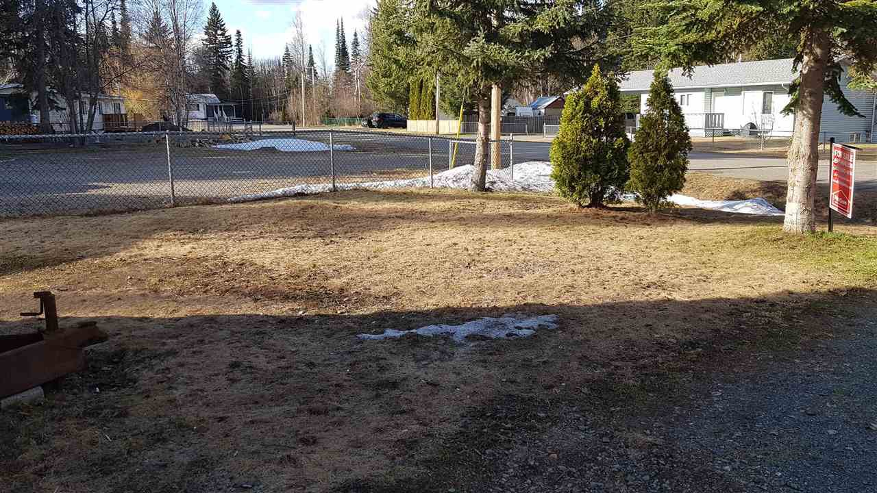"""Photo 3: Photos: 6993 ADAM Drive in Prince George: Emerald Manufactured Home for sale in """"EMERALD"""" (PG City North (Zone 73))  : MLS®# R2444939"""