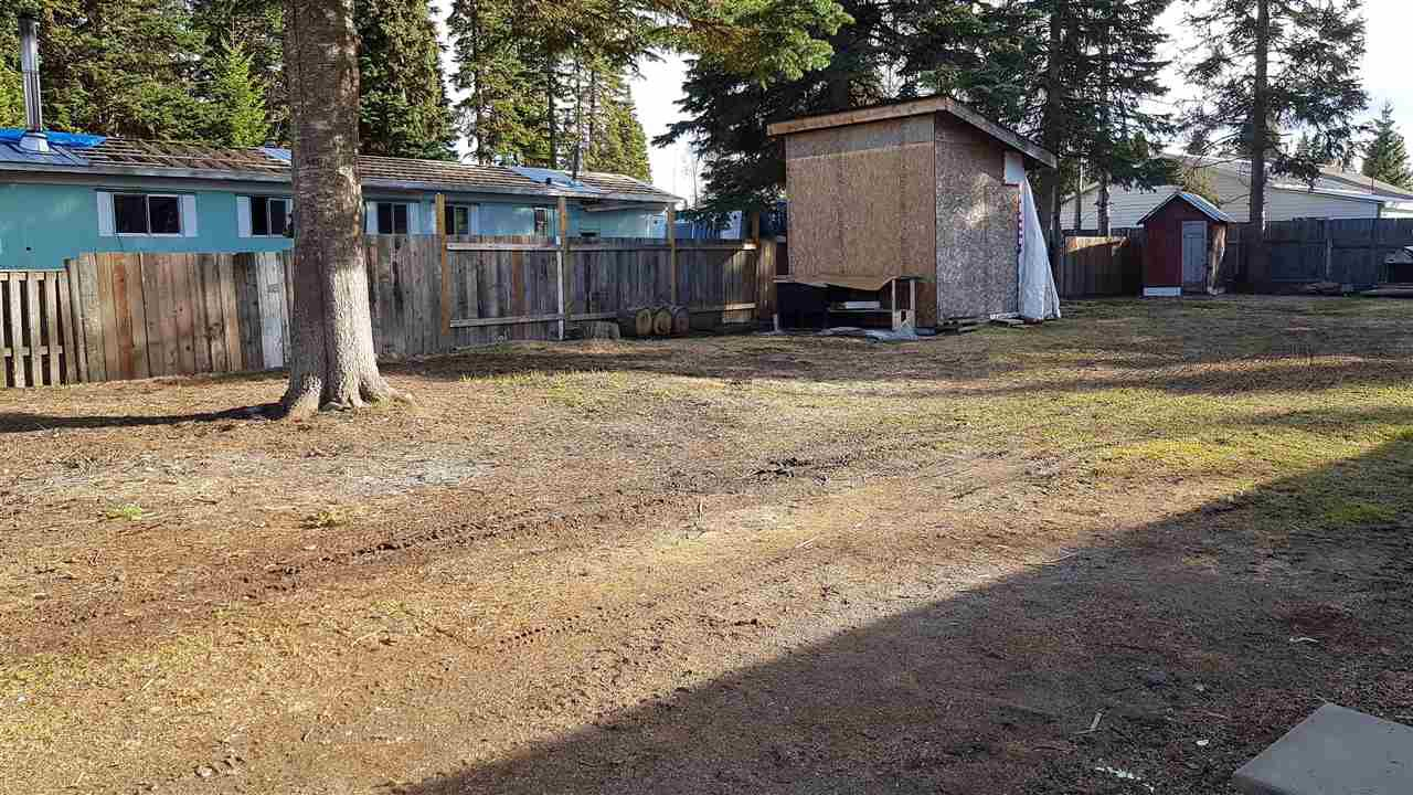 """Photo 13: Photos: 6993 ADAM Drive in Prince George: Emerald Manufactured Home for sale in """"EMERALD"""" (PG City North (Zone 73))  : MLS®# R2444939"""