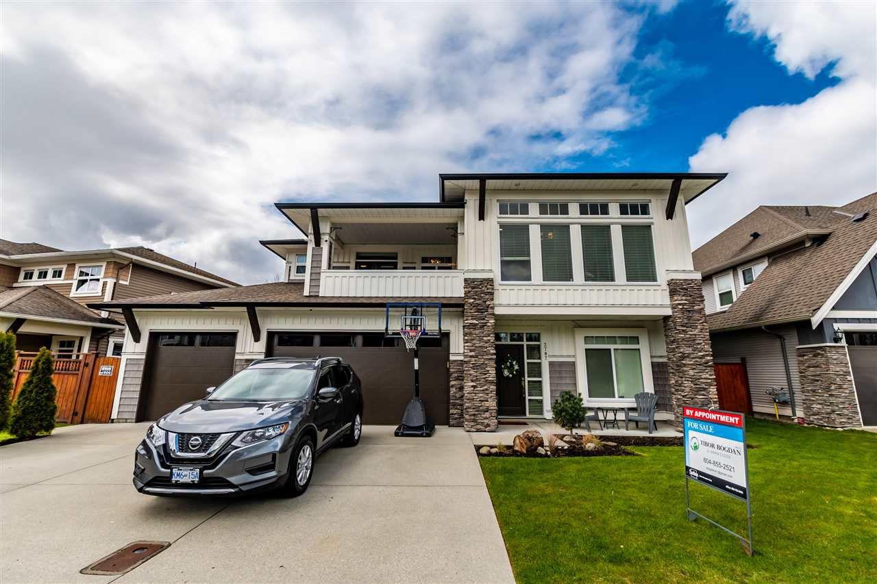 """Main Photo: 2787 BRISTOL Drive in Abbotsford: Abbotsford East House for sale in """"The Quarry"""" : MLS®# R2448244"""