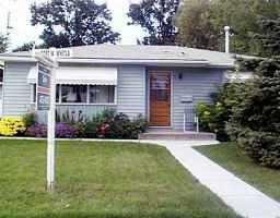 Main Photo: 175 MOORE Avenue in WINNIPEG: St Vital Single Family Detached for sale (South East Winnipeg)  : MLS®# 9912844