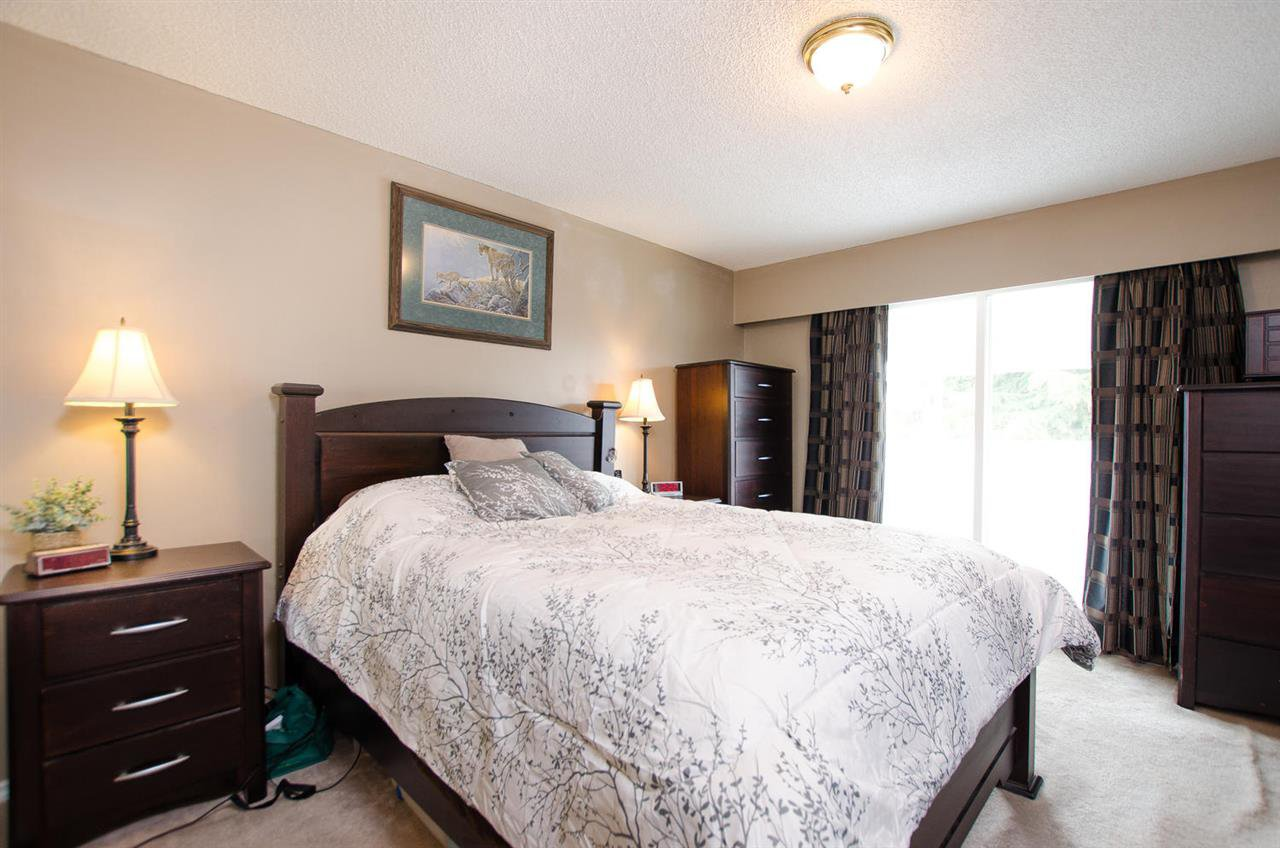 Photo 9: Photos: 5574 49 Avenue in Delta: Hawthorne House for sale (Ladner)  : MLS®# R2388506