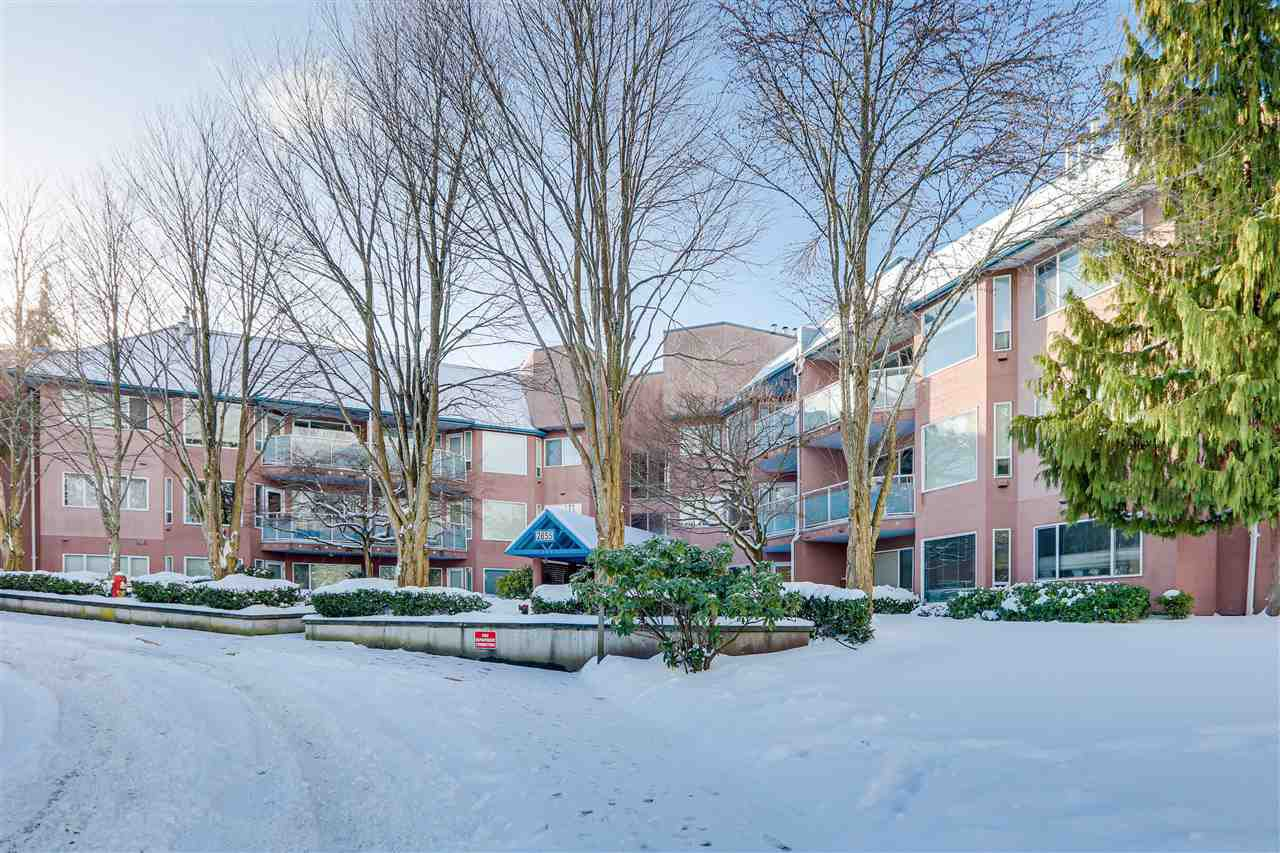 "Main Photo: 303 2855 152 Street in Surrey: King George Corridor Condo for sale in ""TRADEWINDS"" (South Surrey White Rock)  : MLS®# R2428782"