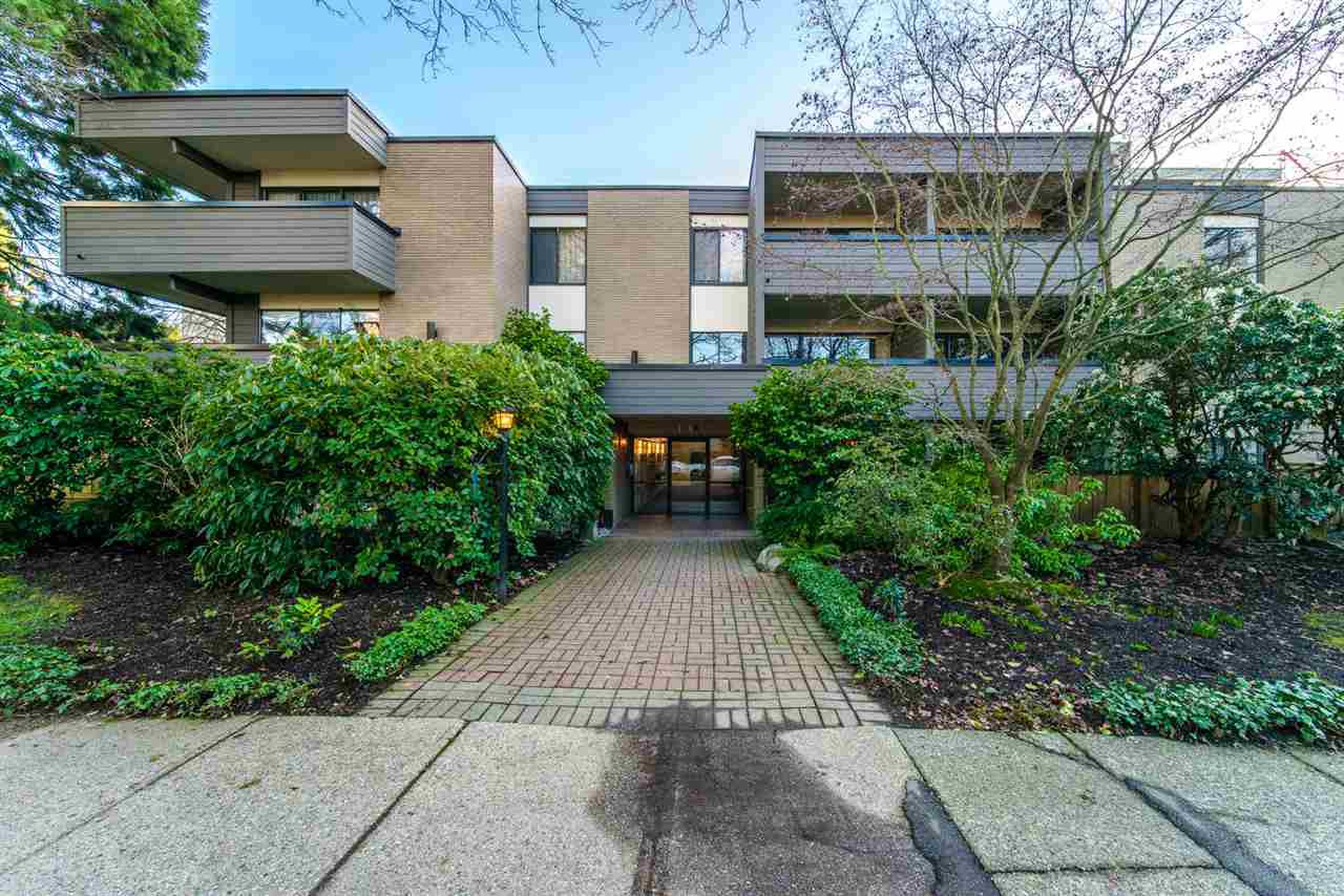 Main Photo: 204 1710 W 13TH AVENUE in Vancouver: Fairview VW Condo for sale (Vancouver West)  : MLS®# R2438751