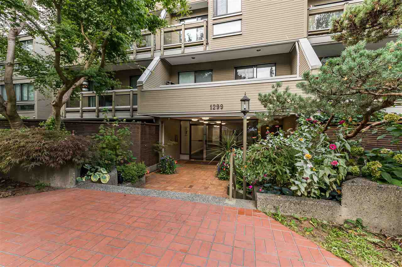 """Main Photo: 305 1299 W 7TH Avenue in Vancouver: Fairview VW Condo for sale in """"MARBELLA"""" (Vancouver West)  : MLS®# R2501313"""