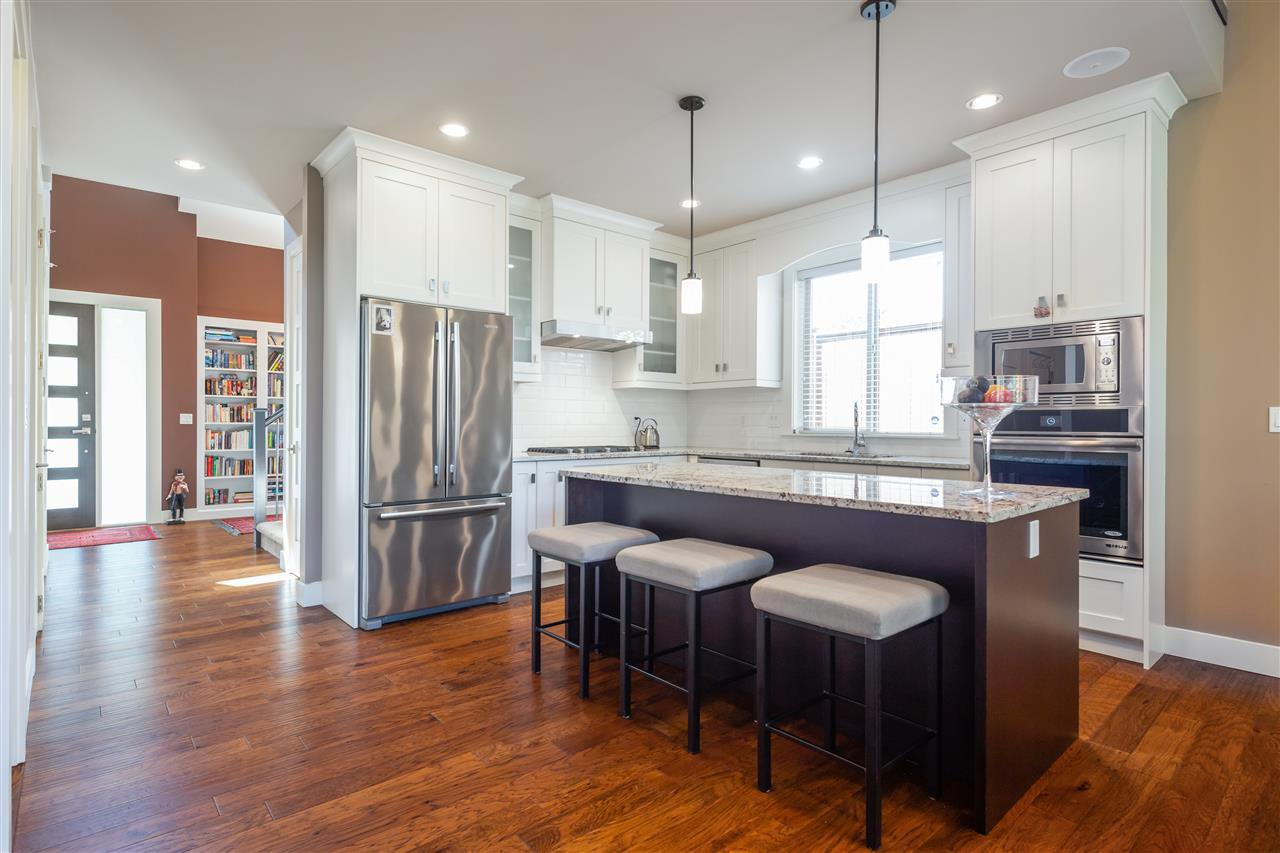 """Main Photo: 24 3103 160 Street in Surrey: Grandview Surrey Townhouse for sale in """"PRIMA"""" (South Surrey White Rock)  : MLS®# R2503344"""
