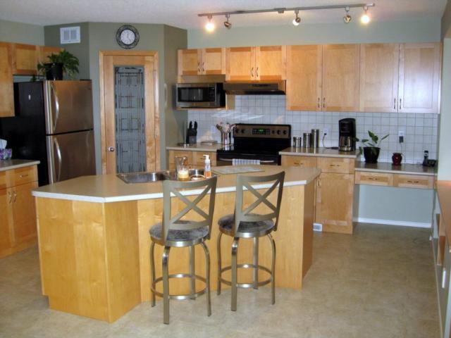 Photo 8: Photos: 405 MURRAY Avenue in WINNIPEG: West Kildonan / Garden City Residential for sale (North West Winnipeg)  : MLS®# 1018856