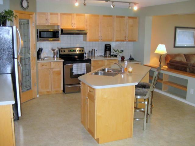 Photo 10: Photos: 405 MURRAY Avenue in WINNIPEG: West Kildonan / Garden City Residential for sale (North West Winnipeg)  : MLS®# 1018856