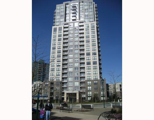 """Main Photo: 708 3663 CROWLEY Drive in Vancouver: Collingwood VE Condo for sale in """"LATITUDE"""" (Vancouver East)  : MLS®# V757388"""