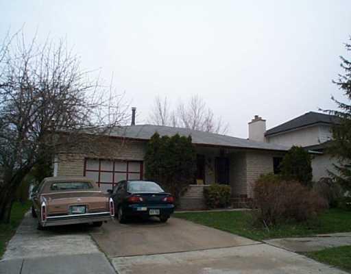 Main Photo: 996 ISBISTER Street in WINNIPEG: Westwood / Crestview Residential for sale (West Winnipeg)  : MLS®# 2406334