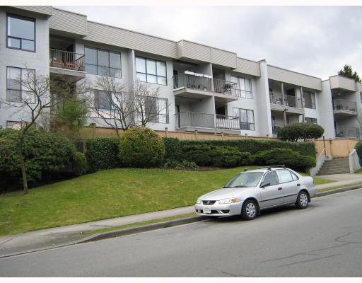 "Main Photo: 309 808 E 8TH Avenue in Vancouver: Mount Pleasant VE Condo for sale in ""Prince Albert Manor"" (Vancouver East)  : MLS®# V784921"