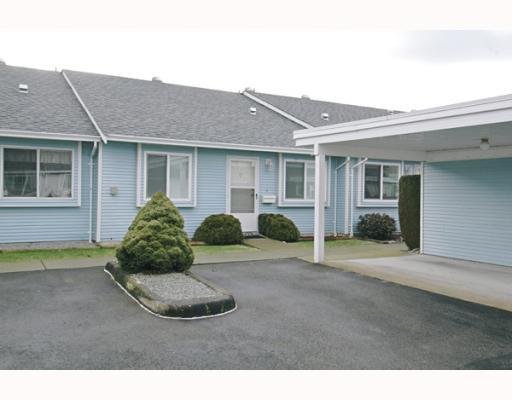 "Main Photo: 10 23580 DEWDNEY TRUNK Road in Maple_Ridge: Cottonwood MR Townhouse for sale in ""ST GEORGE'S VILLAGE CO-OP"" (Maple Ridge)  : MLS®# V748883"