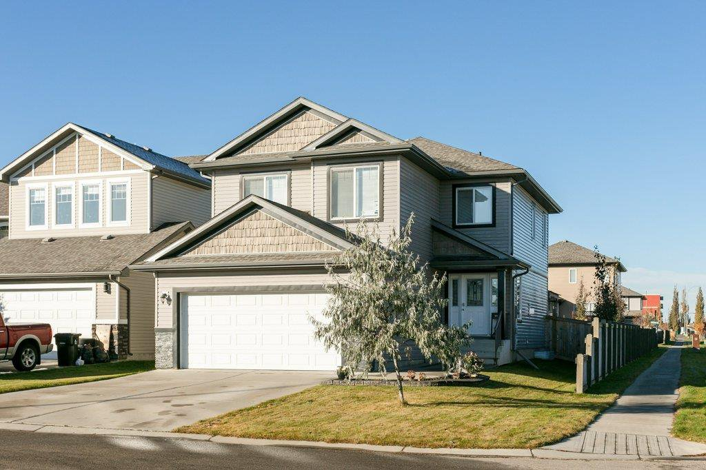 Main Photo: 1 HARWOOD Court: Spruce Grove House for sale : MLS®# E4177377