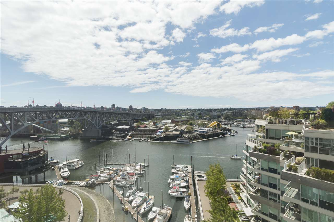 """Main Photo: 1201 1501 HOWE Street in Vancouver: Yaletown Condo for sale in """"Ocean Tower at 888 Beach"""" (Vancouver West)  : MLS®# R2506028"""
