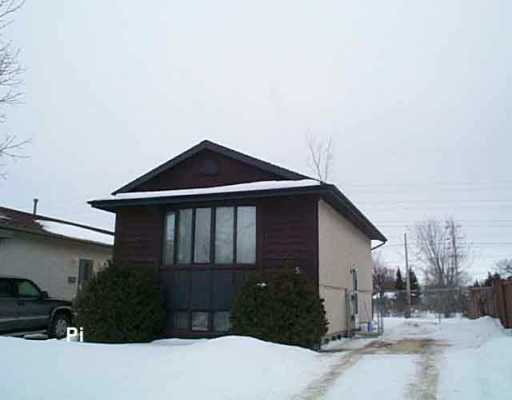 Main Photo: 5 CAMBIE Road in WINNIPEG: Transcona Single Family Detached for sale (North East Winnipeg)  : MLS®# 2601038