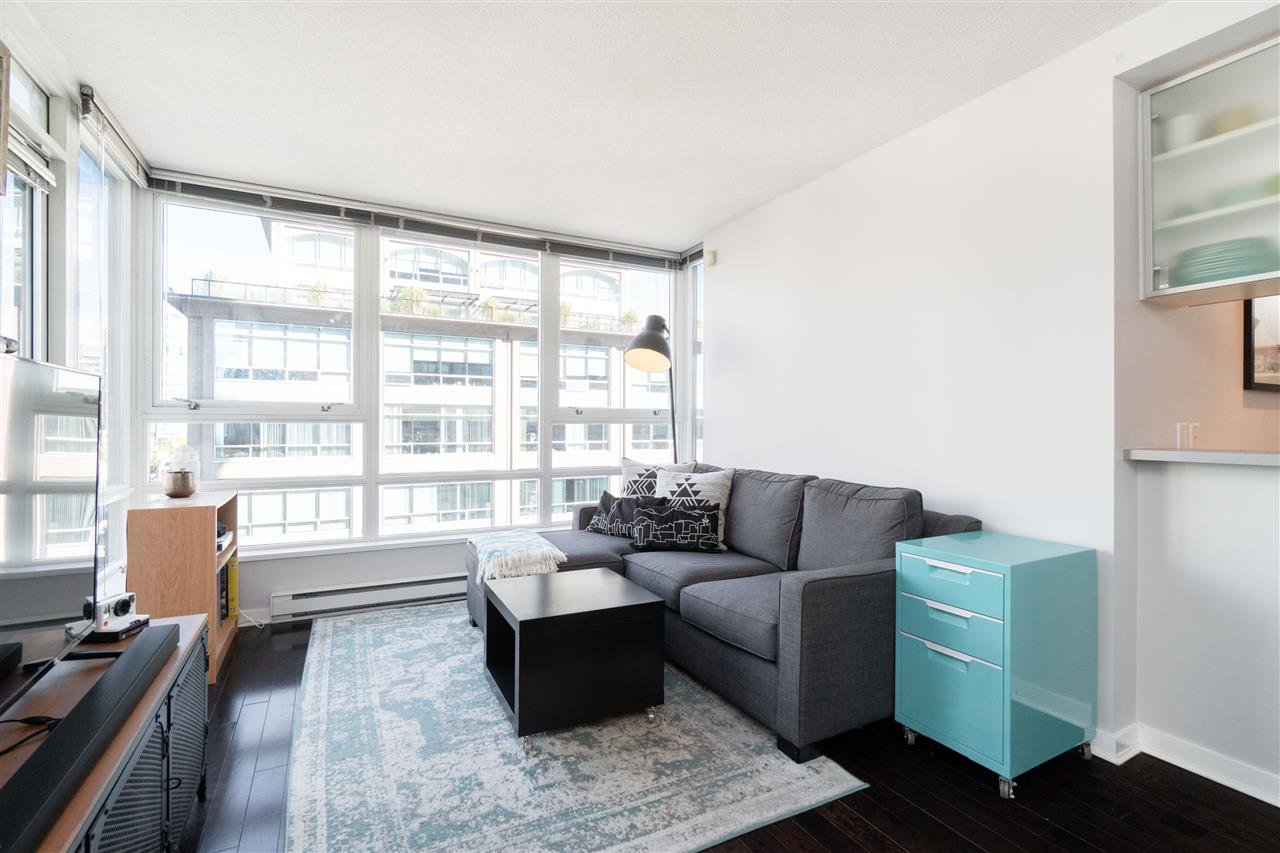 Main Photo: 1008 928 BEATTY STREET in Vancouver: Yaletown Condo for sale (Vancouver West)  : MLS®# R2410729