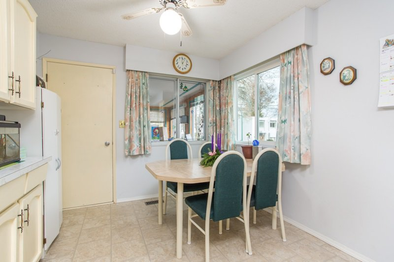 Photo 9: Photos: 6161 ST. GEORGE Street in Vancouver: Fraser VE House for sale (Vancouver East)  : MLS®# R2422221