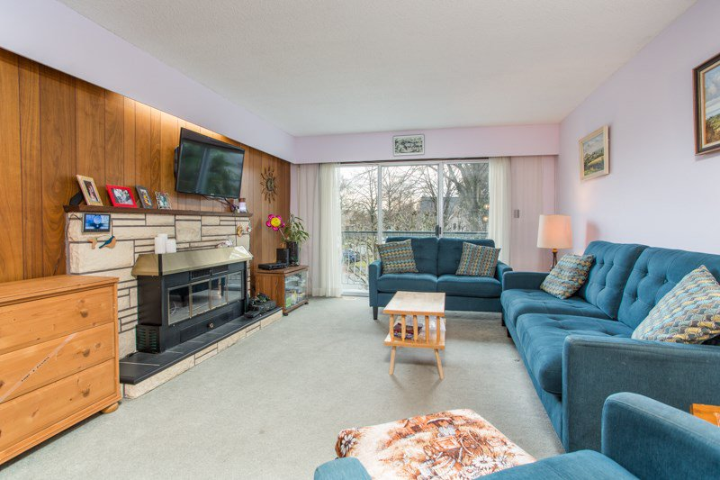 Photo 5: Photos: 6161 ST. GEORGE Street in Vancouver: Fraser VE House for sale (Vancouver East)  : MLS®# R2422221