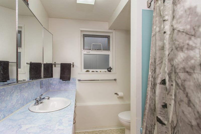 Photo 11: Photos: 6161 ST. GEORGE Street in Vancouver: Fraser VE House for sale (Vancouver East)  : MLS®# R2422221