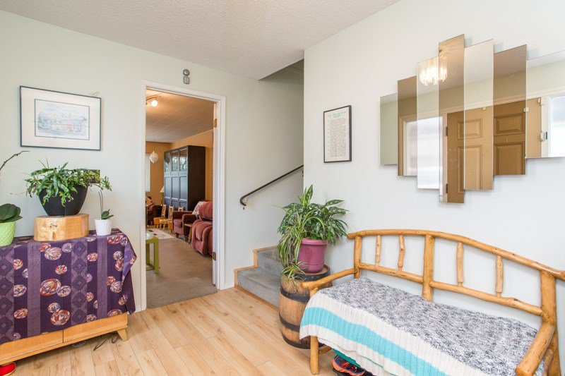 Photo 3: Photos: 6161 ST. GEORGE Street in Vancouver: Fraser VE House for sale (Vancouver East)  : MLS®# R2422221