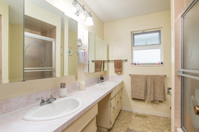 Photo 14: Photos: 6161 ST. GEORGE Street in Vancouver: Fraser VE House for sale (Vancouver East)  : MLS®# R2422221