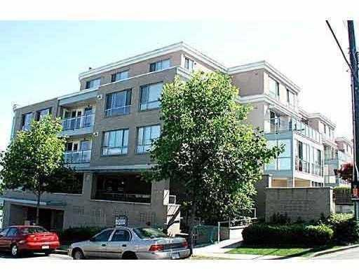 "Main Photo: 102 5818 LINCOLN Street in Vancouver: Killarney VE Condo for sale in ""LINCOLN GATE"" (Vancouver East)  : MLS®# V728626"