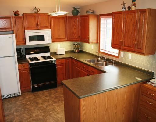 Photo 2: Photos:  in WINNIPEG: Fort Garry / Whyte Ridge / St Norbert Residential for sale (South Winnipeg)  : MLS®# 2913886