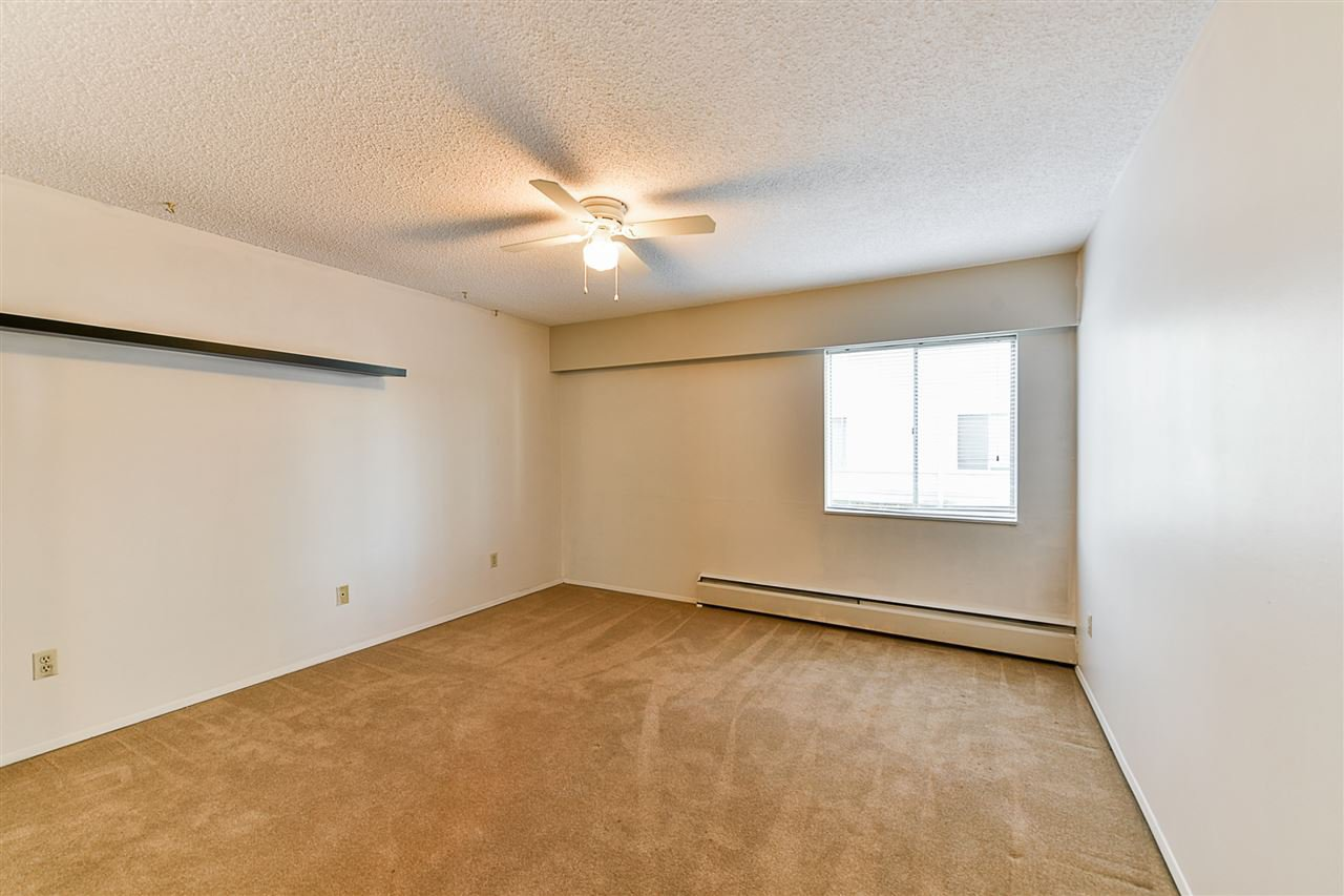 "Photo 8: Photos: 108 815 FOURTH Avenue in New Westminster: Uptown NW Condo for sale in ""NORFOLKHOUSE"" : MLS®# R2439442"