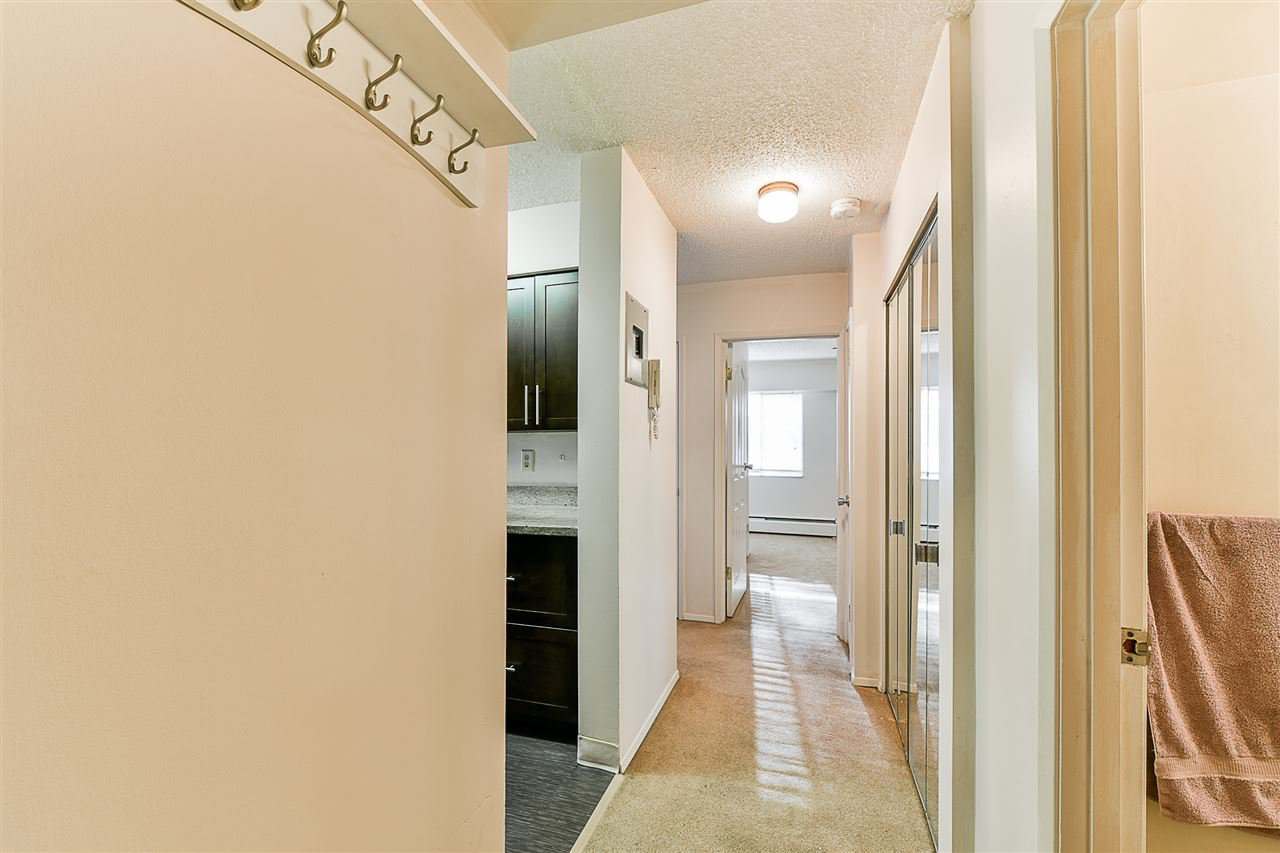 "Photo 7: Photos: 108 815 FOURTH Avenue in New Westminster: Uptown NW Condo for sale in ""NORFOLKHOUSE"" : MLS®# R2439442"
