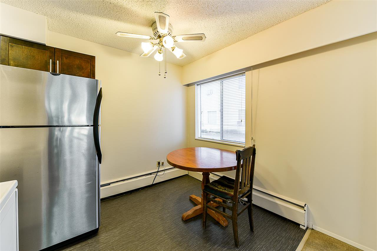 "Photo 5: Photos: 108 815 FOURTH Avenue in New Westminster: Uptown NW Condo for sale in ""NORFOLKHOUSE"" : MLS®# R2439442"