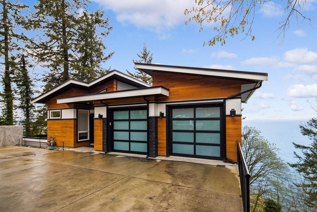 Main Photo: 4559 Cordova Bay Rd in : SE Cordova Bay House for sale (Saanich East)  : MLS®# 859145