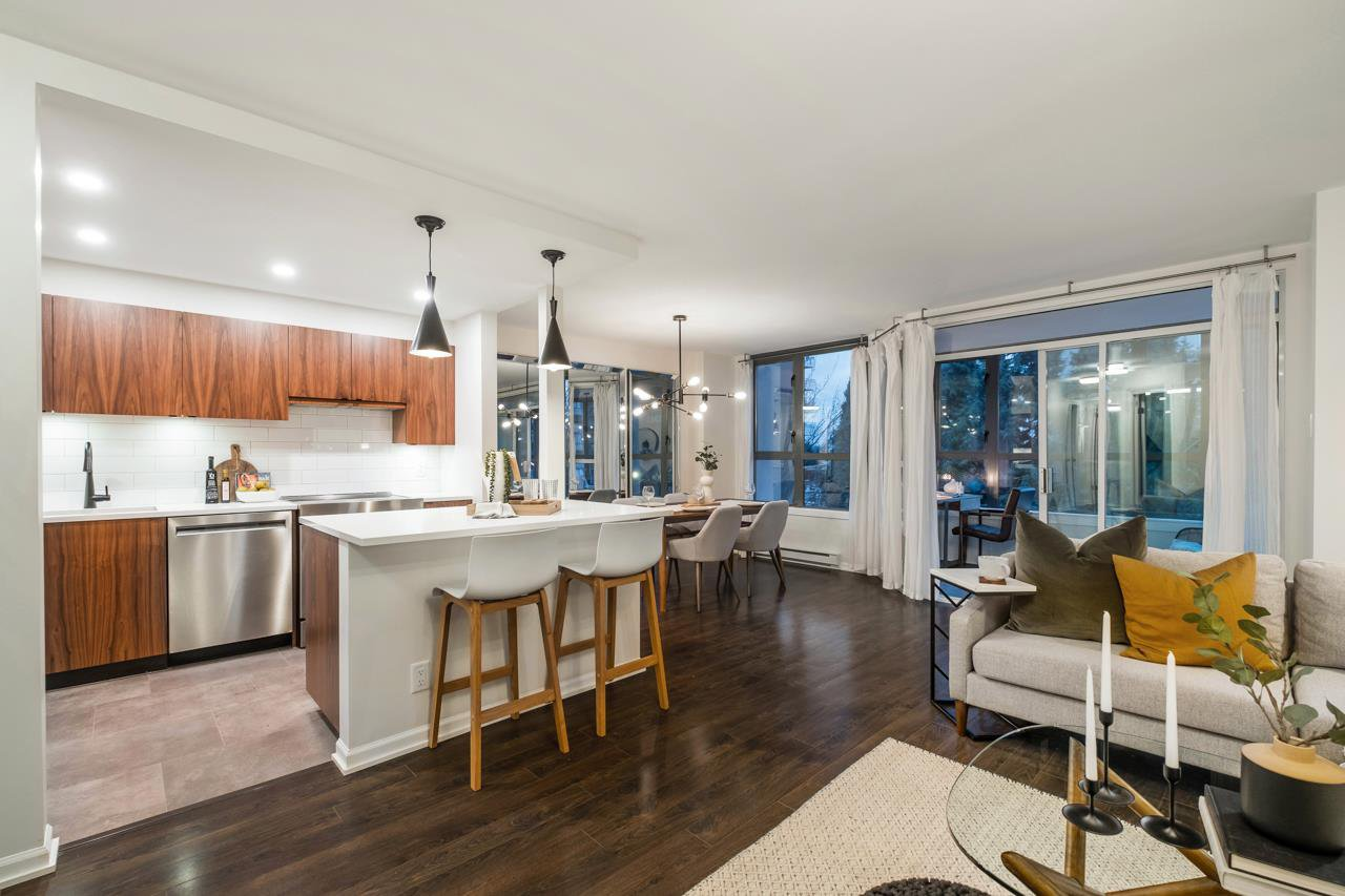 "Main Photo: 801 1265 BARCLAY Street in Vancouver: West End VW Condo for sale in ""The Dorchester"" (Vancouver West)  : MLS®# R2518947"